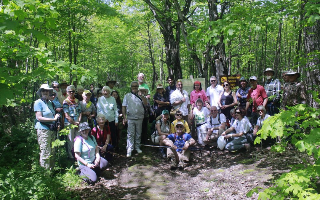 Friendship hike between Lebanon Mountain Trail and Bruce Trail